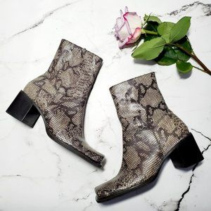 Kenneth Cole Hay Stack Snakeskin Boots